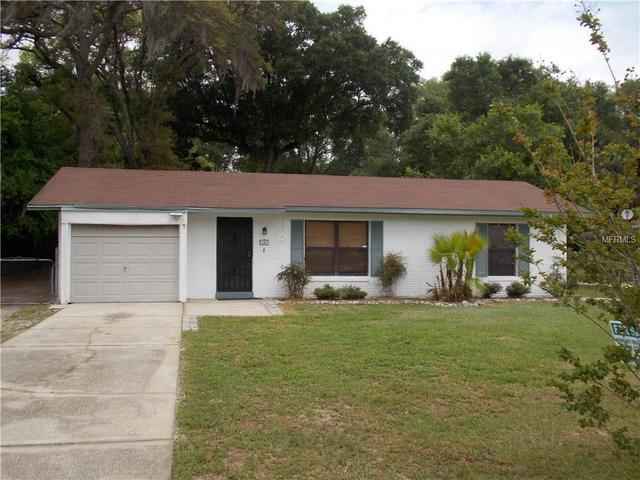 141 Cedar Ave, Orange City, FL