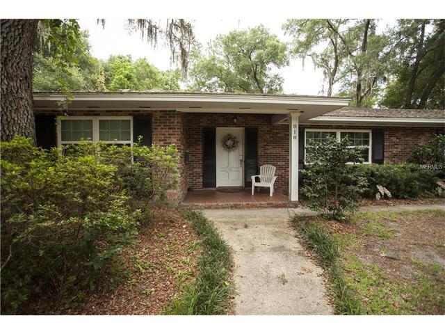 818 Oaktree Ter, Deland, FL 32724