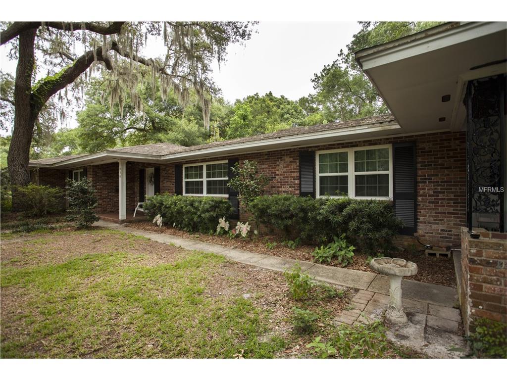 818 Oaktree Terrace, Deland, FL 32724