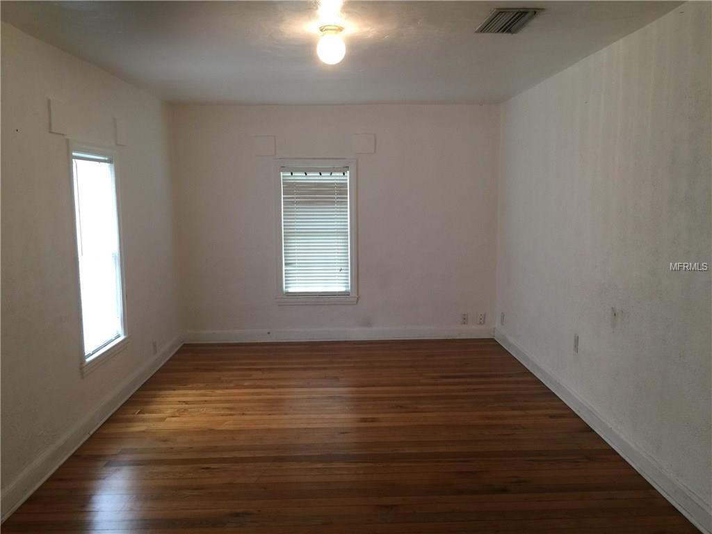 110 E Rosehill Avenue, Deland, FL 32724