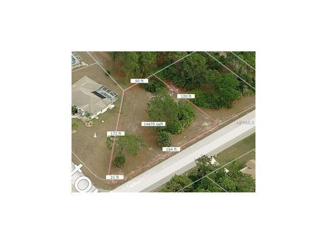 2 Pinehurst Ct, Rotonda West, FL 33947