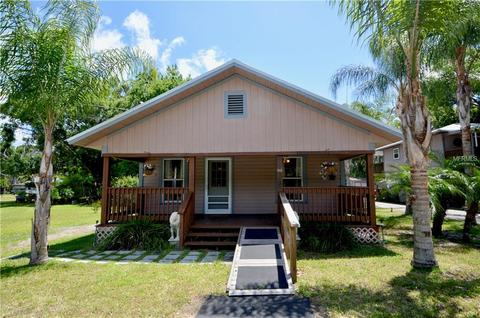 Homes for sale in new smyrna beach fl area