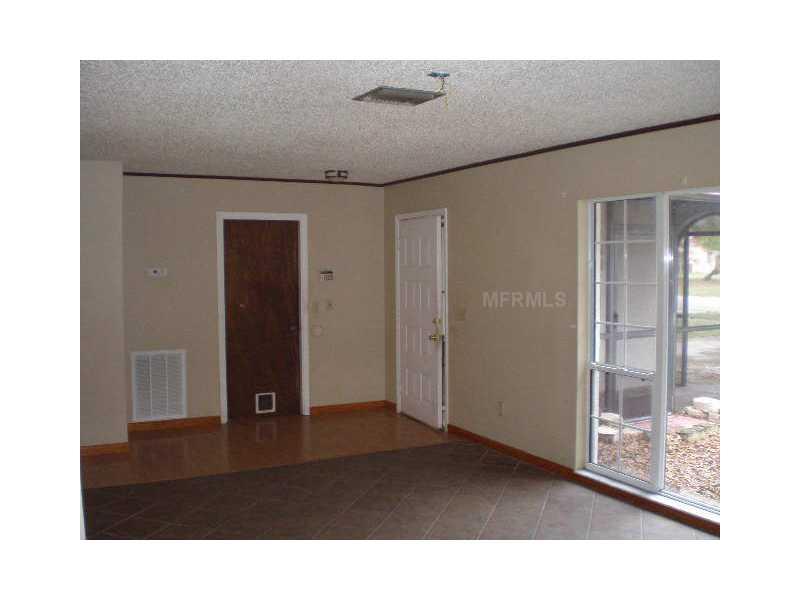 5206 Headland Hills Ave, Tampa FL 33625
