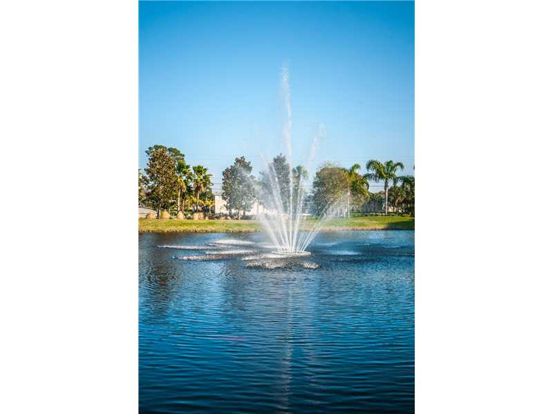 1501 Riverside Dr, Tarpon Springs FL 34689