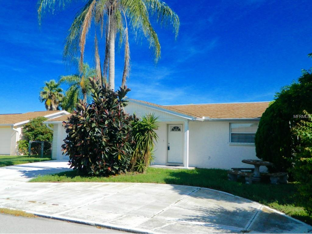 3947 Star Island Dr, Holiday, FL