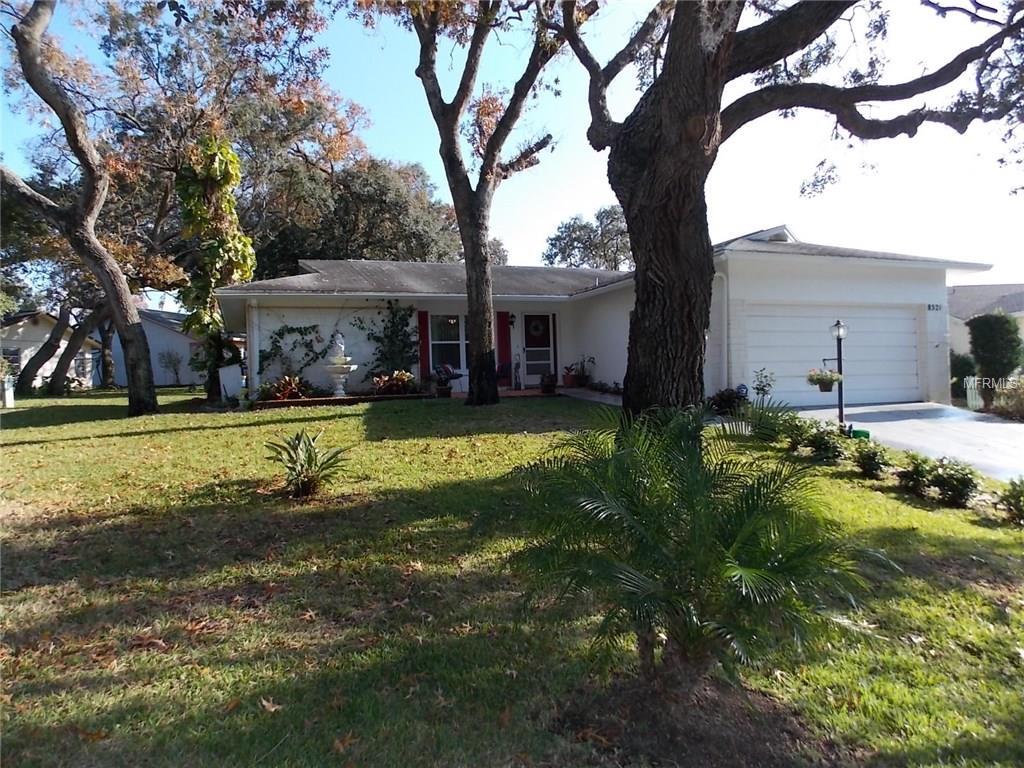 8521 Cedarview Ct, Port Richey, FL