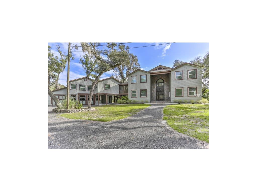 6112 Cyril Dr, Dade City, FL