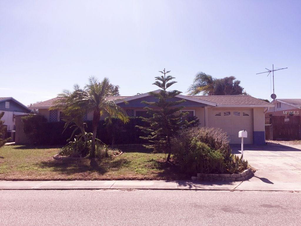 3512 Eisenhower Dr, Holiday, FL