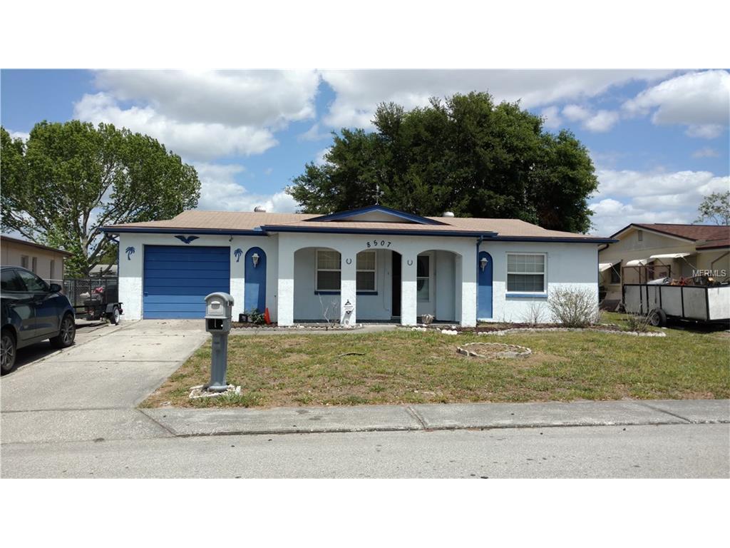 8507 Moulton Dr, Port Richey, FL