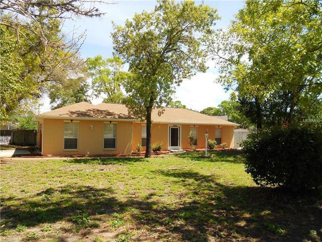 2080 Escobar Ave, Spring Hill, FL