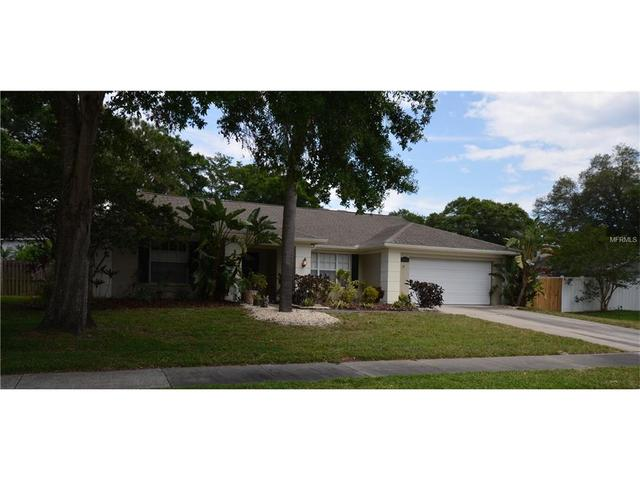 5016 Bridgeport Dr, Safety Harbor FL 34695