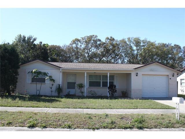 6040 Pitner Dr, Holiday, FL