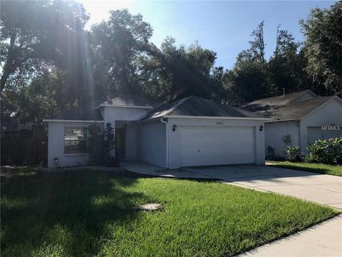 8707 Busch Oaks StTampa, FL 33617
