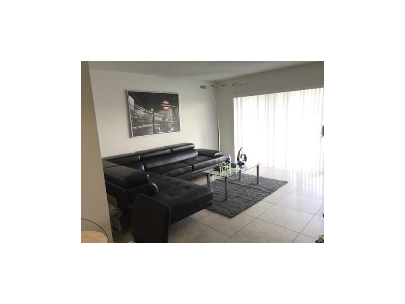 9359 Fontainebleau Blvd #APT f201, Miami, FL