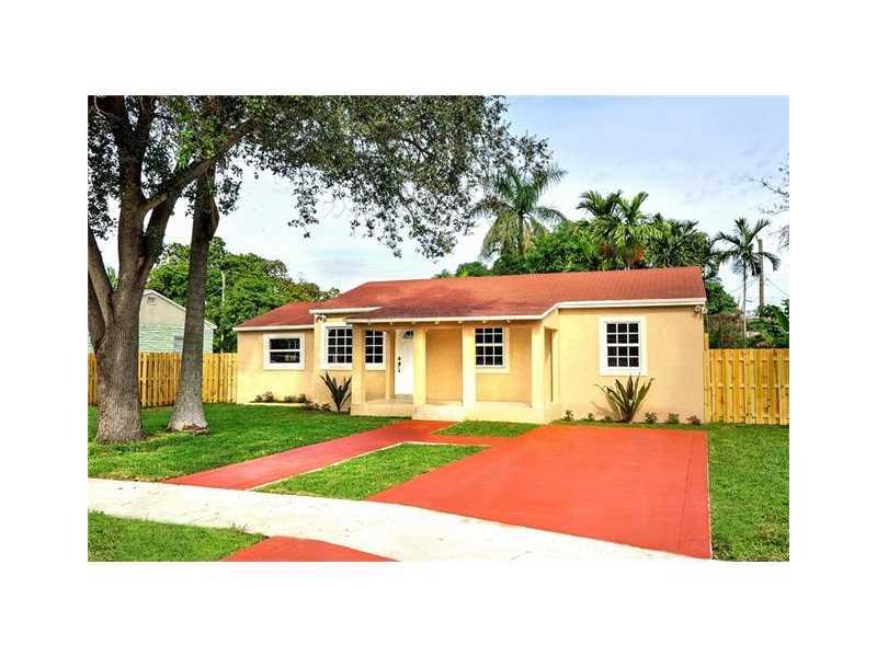 1477 NW 102nd St, Miami, FL