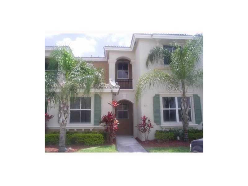 921 NE 42nd Pl #APT 0, Homestead, FL