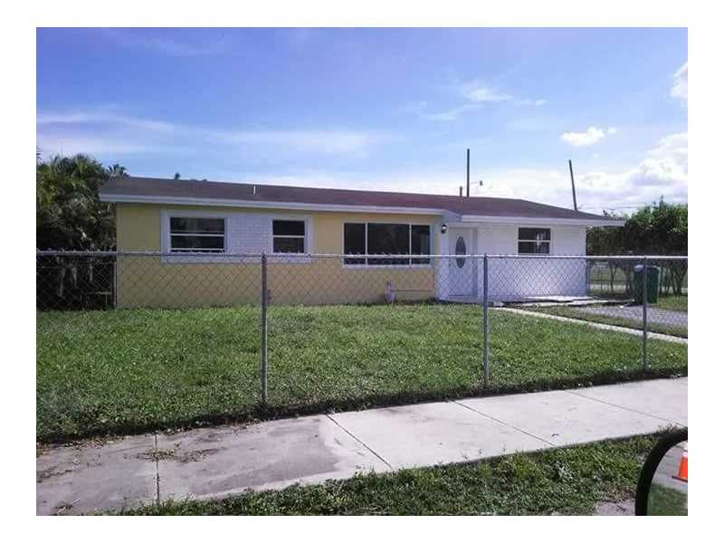 2272 NW 179th St, Miami Gardens, FL