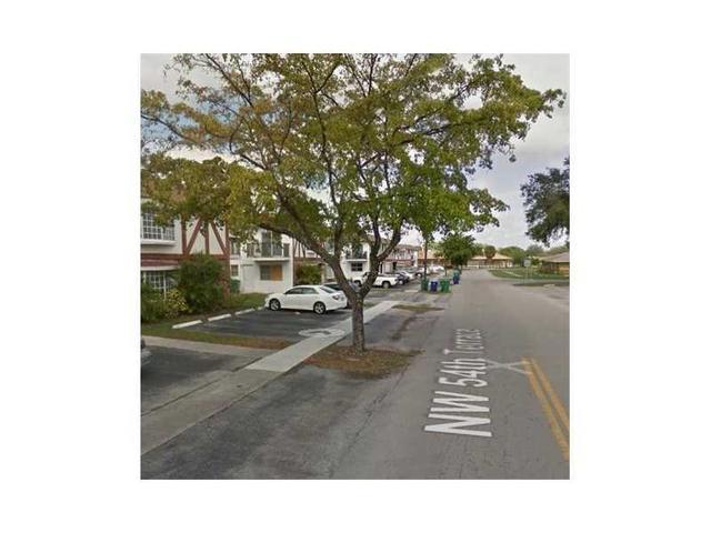 5300 NW 18th Ct #4I, Lauderhill, FL 33313