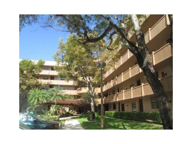 1000 Colony Point Cir #APT 218, Hollywood, FL