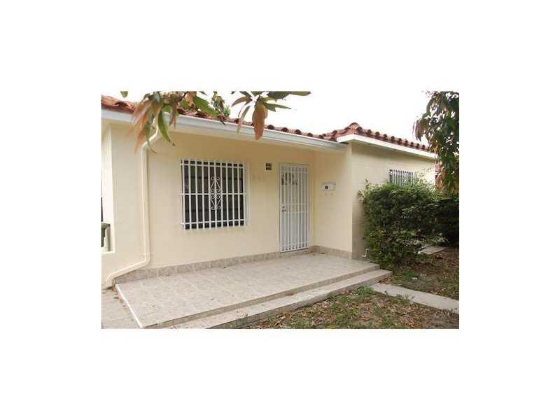 845 NE 133rd St, Miami, FL