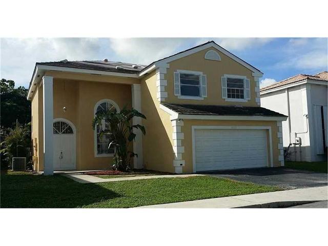 14010 Oak Ridge Dr, Fort Lauderdale FL 33325