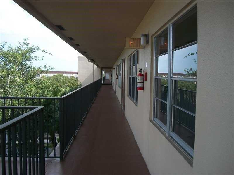 800 SW 131st Ave #APT 413f, Hollywood, FL