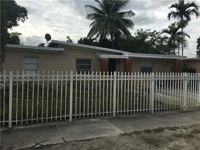 550 NW 136th St, Miami, FL