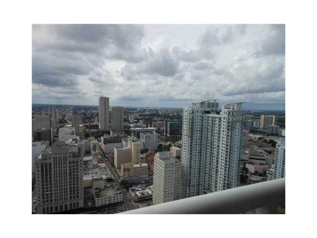50 Biscayne Blvd #4207, Miami, FL 33132