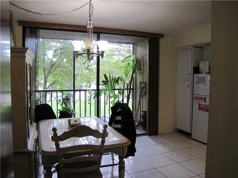 8420 SW 133rd Avenue Rd #APT 323, Miami, FL