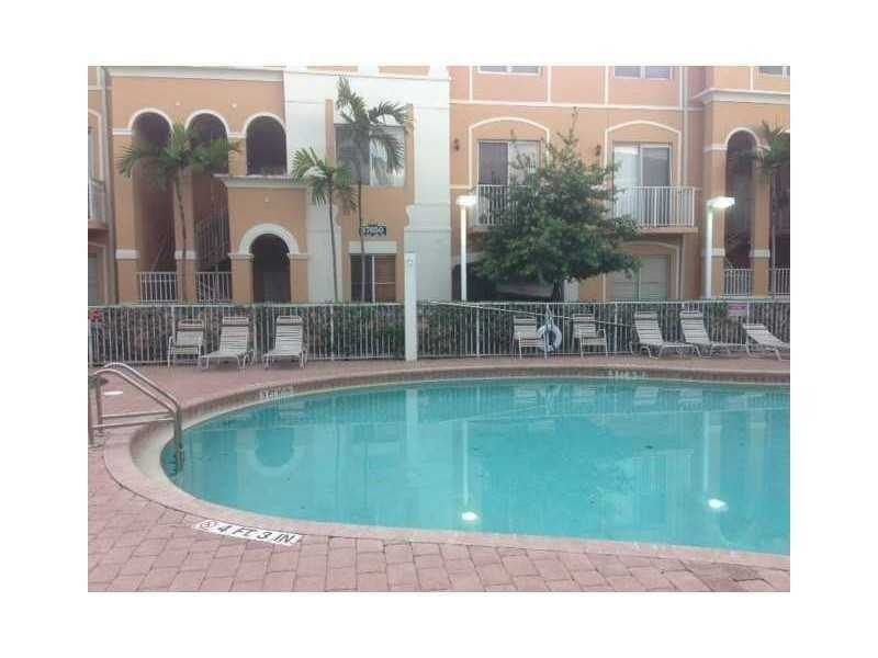 17650 NW 73 Ave #APT 103, Hialeah, FL