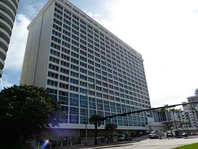 5445 Collins Ave #1030, Miami Beach, FL 33140