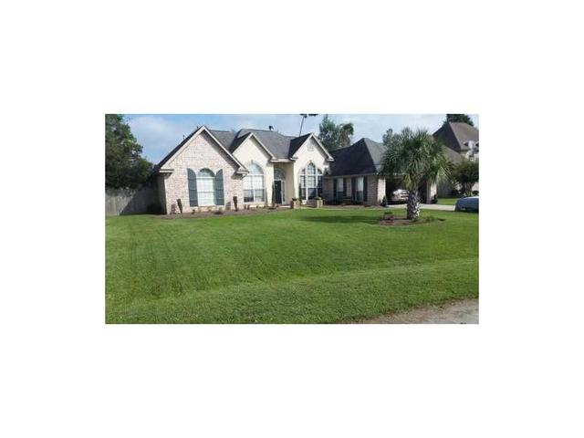 108 Ploue Ct, Mandeville LA 70448
