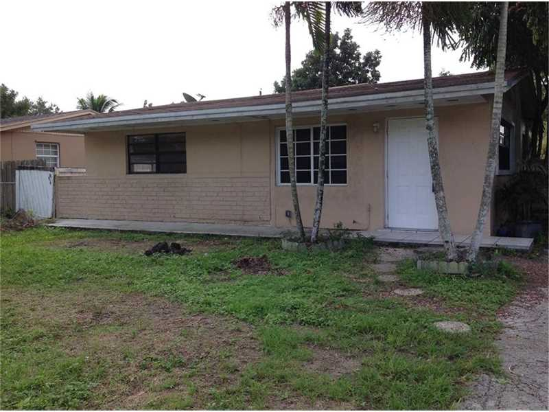 914 NW 11th St, Homestead, FL