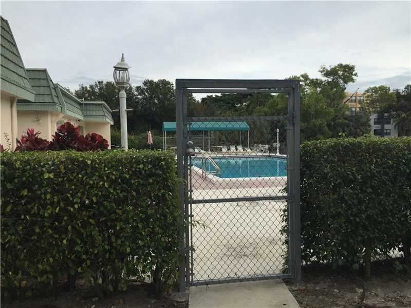 4100 N 58 Ave #APT 113, Hollywood, FL