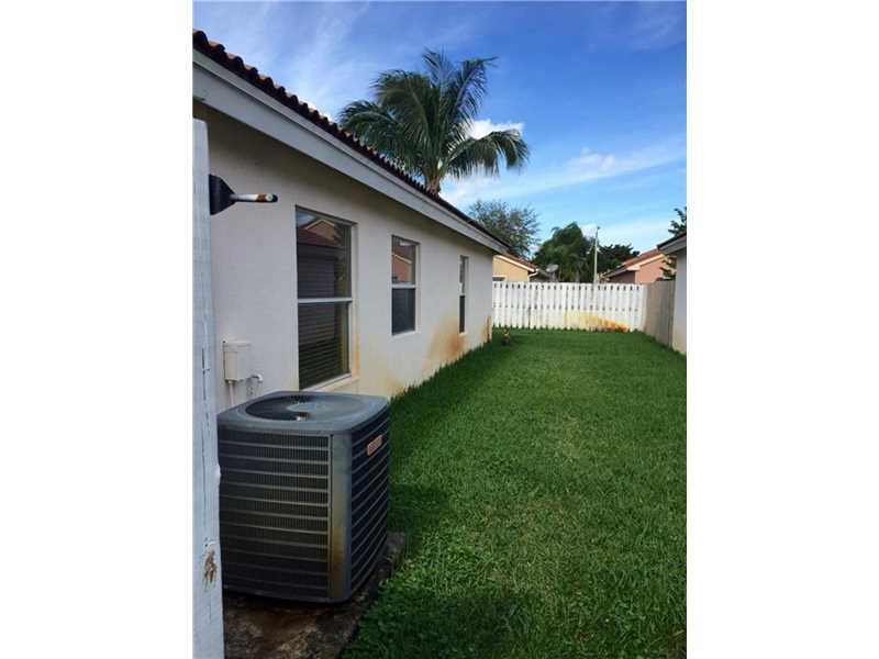 16561 NW 9th Street, Pembroke Pines, FL 33028