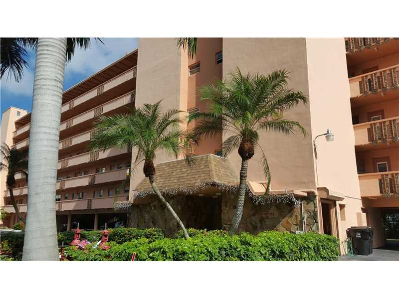 1000 NE 14th Ave #APT 402, Hallandale, FL