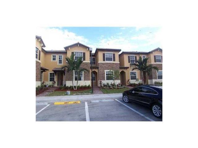 9021 SW 227th St #APT 3, Miami, FL
