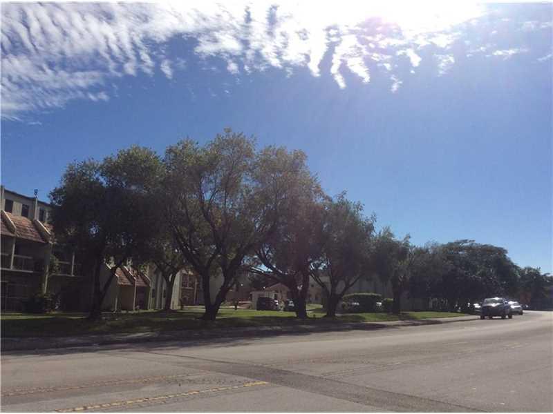 1121 SW 105th Ave #APT 302, Miami, FL