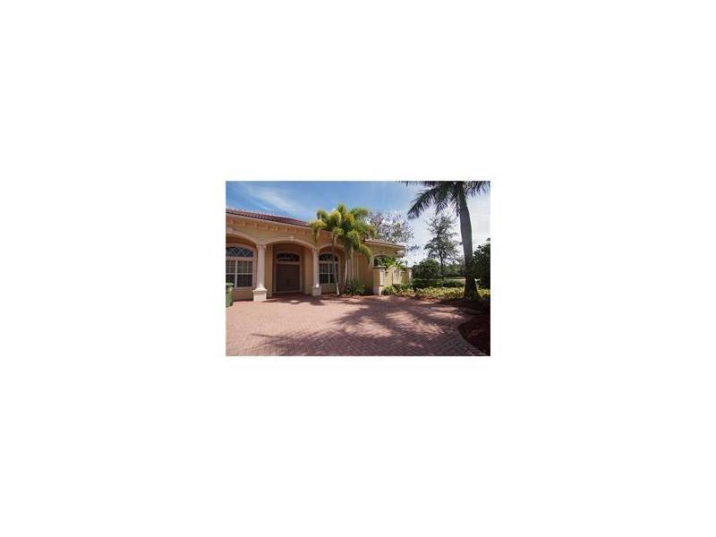 19086 Park Ridge St, Fort Lauderdale, FL