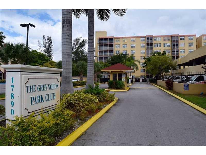 17890 W Dixie Hwy #APT 617, North Miami Beach, FL