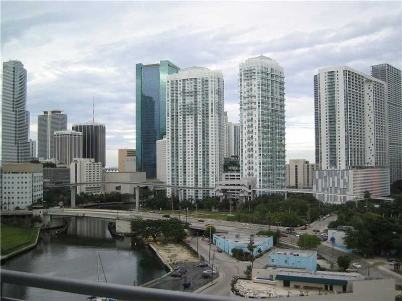 690 SW 1 Court #1522, Miami, FL 33130