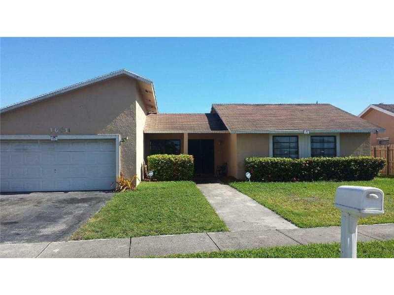 16611 SW 103rd Pl, Miami, FL