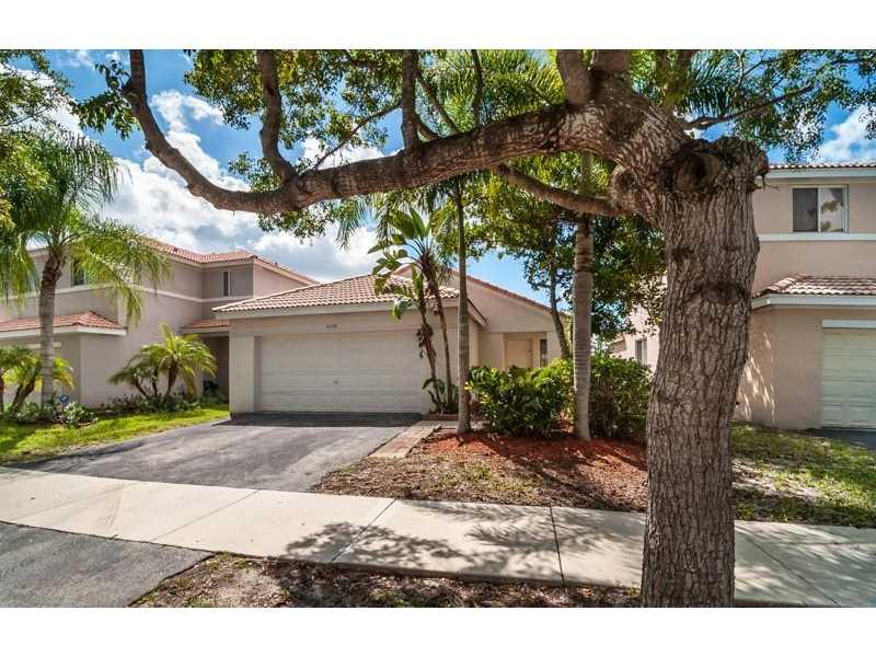 4290 Magnolia Ridge Dr, Fort Lauderdale, FL
