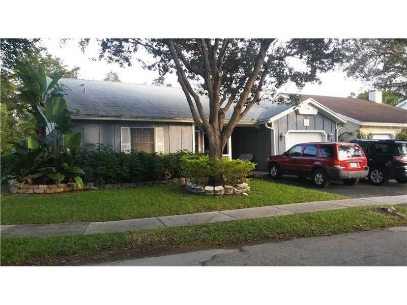 14913 SW 143rd Ct, Miami, FL