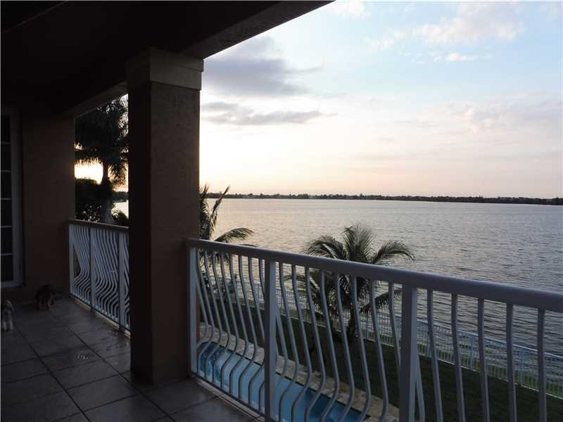 5374 SW 186 Way, North Miami Beach, FL