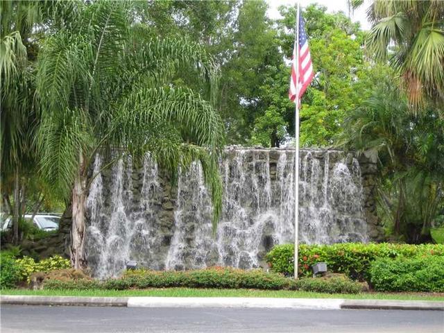 16251 Golf Club Rd #APT 301, Fort Lauderdale FL 33326