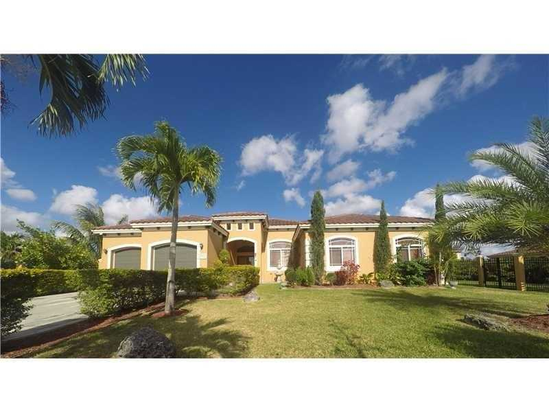 32107 SW 207th Ave, Homestead, FL
