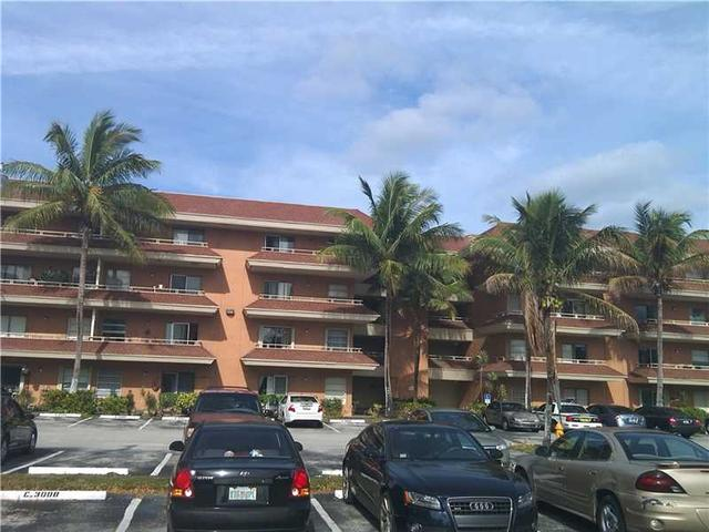 17530 NW 68th Ave #APT c4002, Hialeah FL 33015