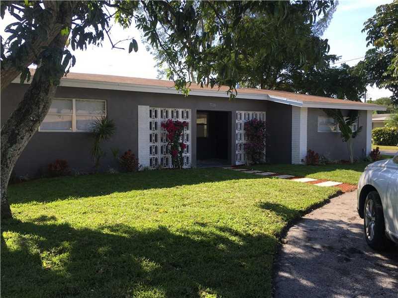 7720 Plantation Blvd, Hollywood, FL