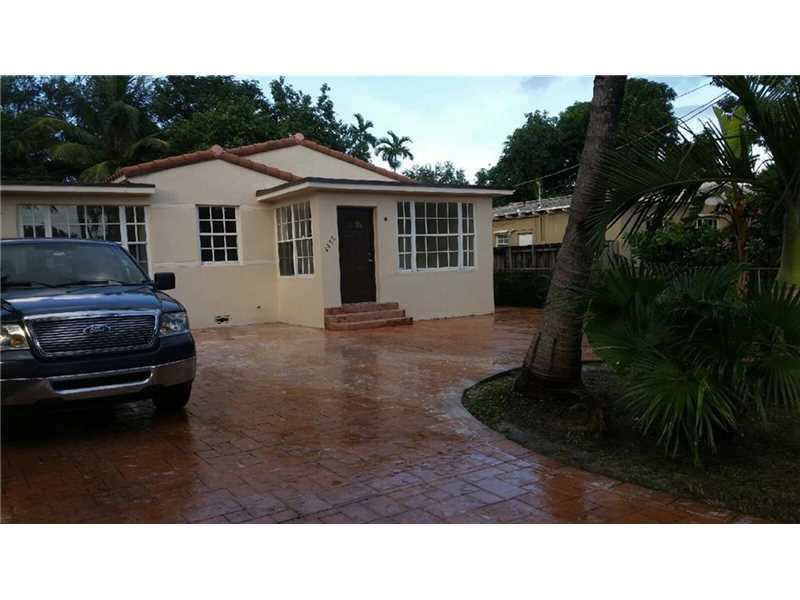 4455 SW 10th St, Miami, FL